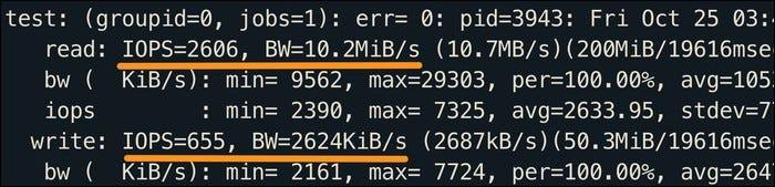 Kiểm tra đọc và ghi ngẫu nhiên bằng cách sử dụng 250 MB dữ liệu, với tỷ lệ 80% đọc đến 20% ghi trong IOPS và MB / s.